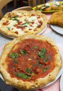 pizzes de pizzeria Oliva de Nàpols